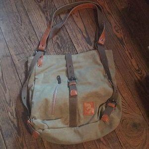 Handbags - NWOT Adorable khaki canvas purse